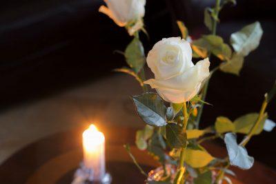Funerale con rito civile